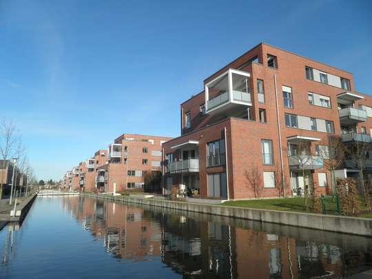 Wohnen an der Lister Gracht: Moderne 2-Zimmer Erdgeschosswohnung mit Terrasse