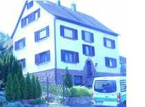 Villenähnliches GEWERBEOBJEKT Gepflegtes 13-Zimmer-Mehrfamilienhaus in