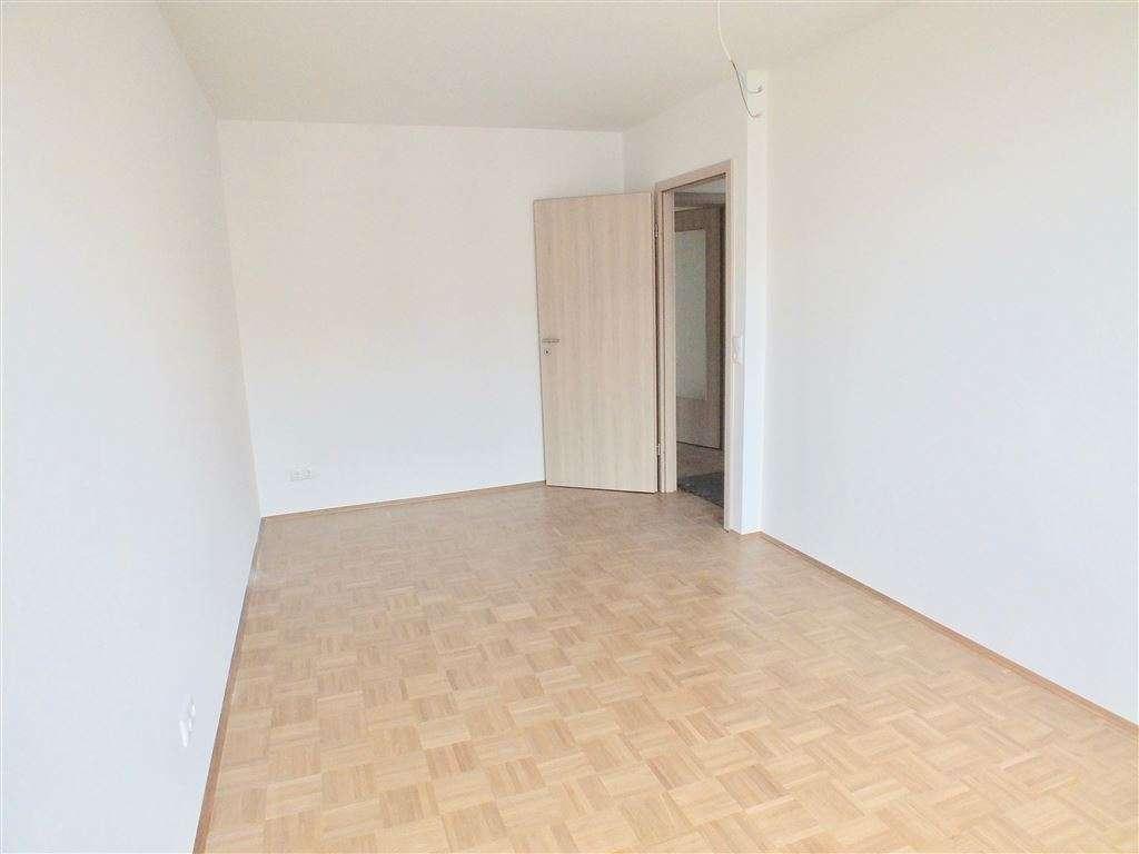 Neu sanierte 3 Zimmerwohnung in Ziegelstein -  Sonnenbalkon