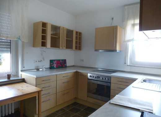 Helle 3 Zimmer-Wohnung mit Einbauküche und Balkon in B.O-Südstadt
