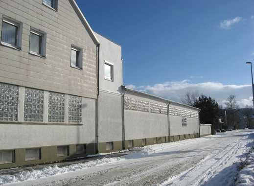 Lagerhalle, doppelgeschossig, heizbar mit Lastenaufzug