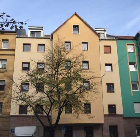Erstbezug nach Sanierung: ansprechende 3-Zimmer-DG-Wohnung im Herzen Nürnbers Südstadt in Gugelstraße (Nürnberg)