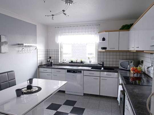 Hochwertige 117m² Wohnung mit Garten, Spitzboden und Keller - Bild 11