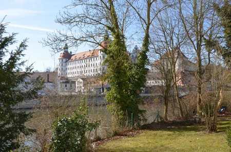 Inseltraum mit Garten - zentrale Lage in Neuburg an der Donau