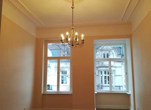Repräsentative, traumhafte u. modernisierte Luxus-Altbau-Wohnung in bester Lage der Bonner-Weststadt