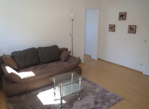 Möblierte 2 Zimmer-Wohnung, neue Möbel, für weibliche Wochenendheimfahrerin, in Mühlheim