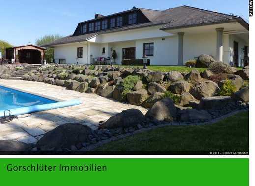 Einzigartige Villa mit Pool am Rande des Taunus