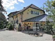 ANWESEN mit Luxus Landhaus idyllische