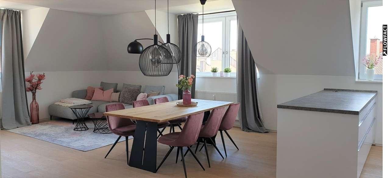 Erstbezug möblierter 3-Zimmer Maisonett Whg. mit offener Wohnküche und Dachterrasse in ruhiger Lage
