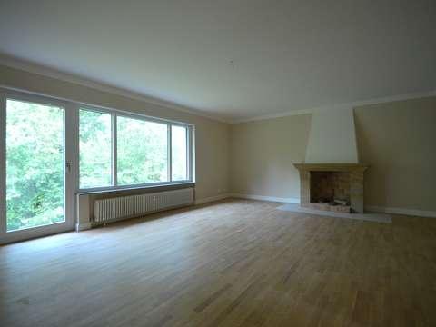 Einzigartige 3-Zimmer-Mietwohnung frisch saniert, mit Kamin, Blick ...