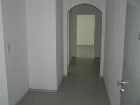 Gepflegte 3-Zimmer-3.Stock-Wohnung mit Balkon in Treuchtlingen in Treuchtlingen