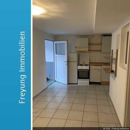 2 Zimmer Wohnung mit Einbauküche - bezugsfrei ab sofort - Zentrum von Dingolfing in Dingolfing