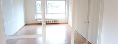 **Gepflegte 4-Zimmer Wohnung mit Balkon!**