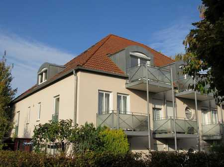 Gemütliche Dachgeschosswohnung mit Tiefgarage und großem Kellerraum in Neuburg an der Donau