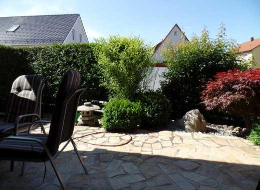 Repräsentativ mit Terrasse und Japanischem Garten