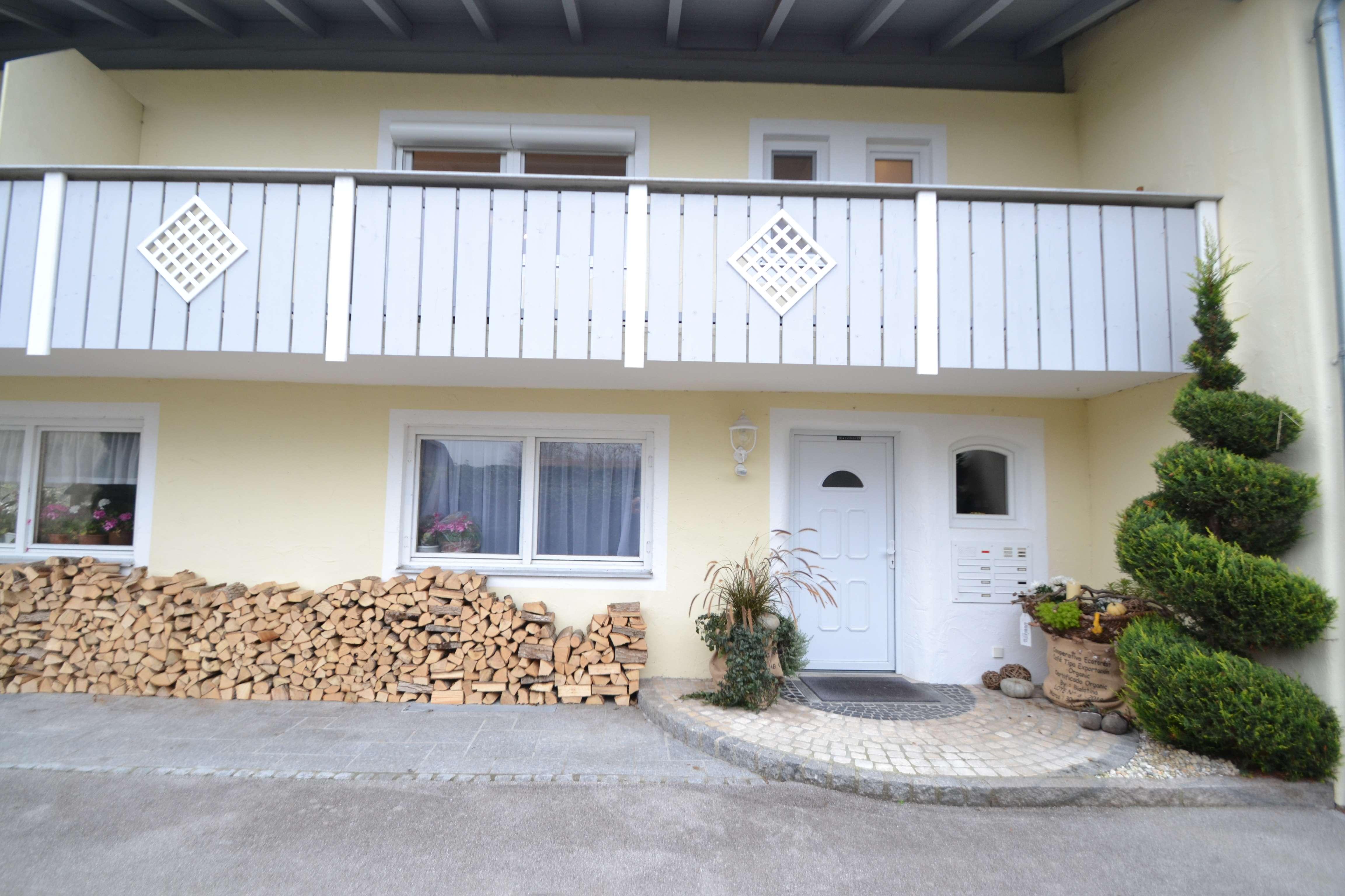 Topp! Lifestyle Apartment | Vollausstattung | Komplettsanierung in Bad Heilbrunn