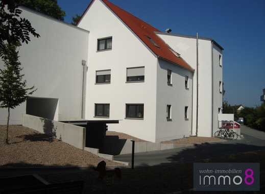 Neuwertige 3,5-Zimmer-Wohnung mit viel Grün umgeben sucht neuen Eigentümer.