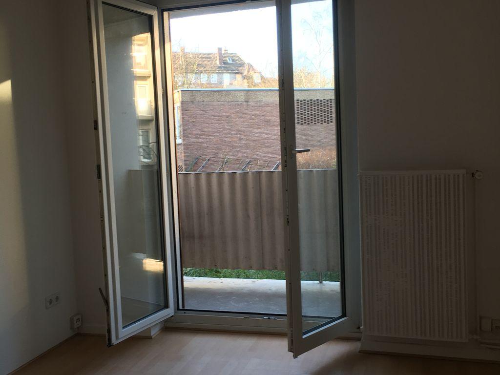 Wohn-/Schlafzimmer mit Balkon