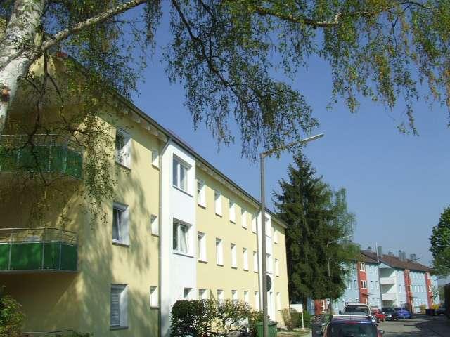 Neu sanierte 2 ZKB-Wohnung mit Balkon und EBK in Kumpfmühl nahe der Uni - Perfekt 2er WG-geeignet