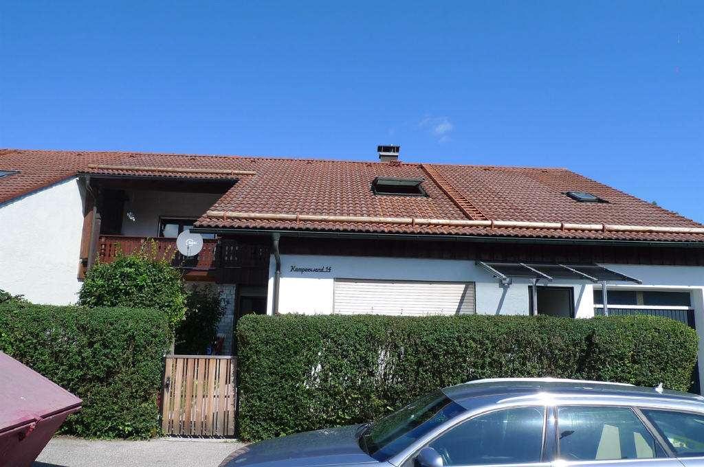 großzügige 3-Zi.-Dachgeschosswohnung im ZFH in begehrter Stadtrandlage von Traunreut in Traunreut