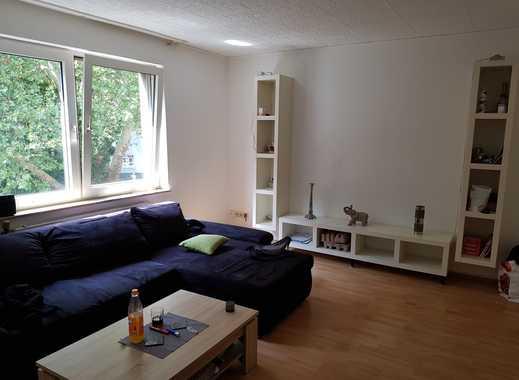 Sehr schöne 2,5 Raum Wohnung nahe der Karl-Meyer-Straße!