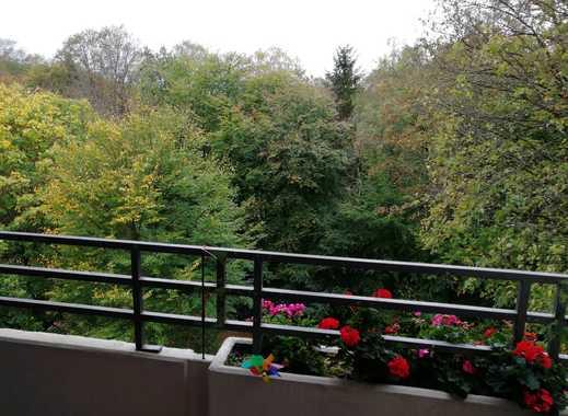 Geräumige 3 Zi. mit EBK, Wannenbad und gr. Balkon (inkl. Schwimmbad und Saunanutzung)