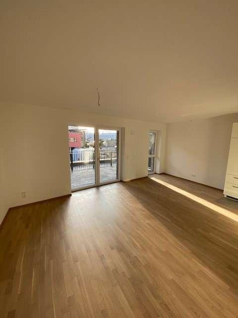 2.4 3 Zimmer Citywohnung mit großer Südterrasse in Erlangen Nord- Burgberg (Erlangen)