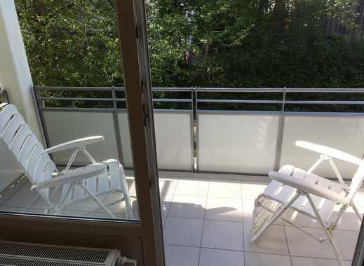 Ruhige, renovierte 2-Zimmer-Wohnung mit Balkon und EBK in Feldmoching für ein Jahr