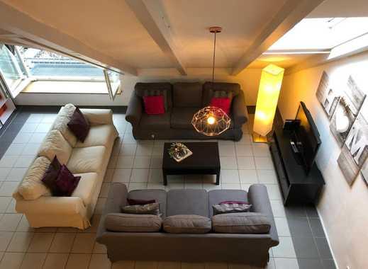 Gepflegte Loft-Wohnung mit vier Zimmern und Einbauküche in Regensburg