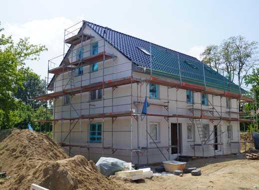 Doppelhaushälfte in Kaulsdorf mit Ausbaureserve.