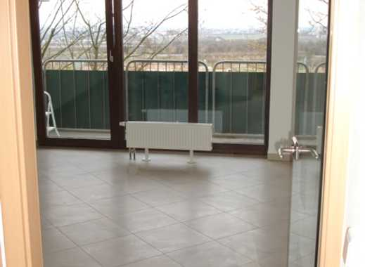 Stilvolle, geräumige und neuwertige 1-Zimmer-Wohnung mit Balkon und Einbauküche in Mainz