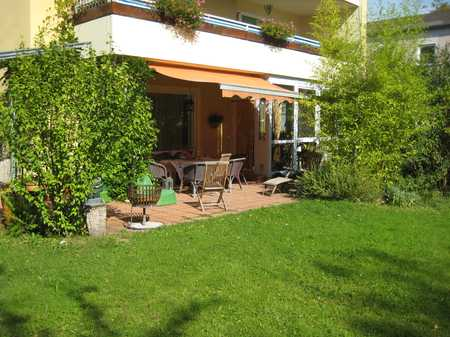 zentrale Lage in Tutzing: Großzügige EG-Wohnung mit sechs Zimmern und Garten in Tutzing