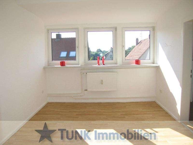 Helle 2-3 Zi.-Wohnung im Dachgeschoss mit viel Charme in Kahl! in Kahl am Main