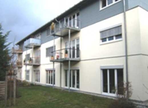 Moderne lichtdurchflutete 4 ZKB mit Balkon u. Abstellraum im Niedrig-Energiehaus