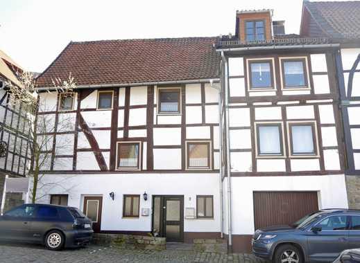 Denkmalgeschützes Wohnhaus mit zwei vermieteten Wohneinheiten in Schieder-Schwalenberg
