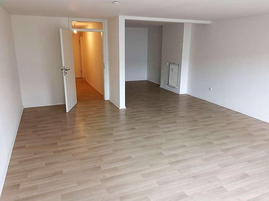 Vollständig renovierte 1,5-Zimmer-Wohnung mit Balkon und EBK in Passau in Grubweg (Passau)