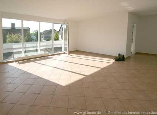 Hösel: Komfortwohnung in gehobener Ausstattung mit Balkon und Tiefgarage in TOP LAGE!
