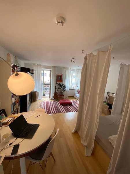 Helles 1-Zimmer Apartment mit Südbalkon+Küche in Thalkirchen (München)