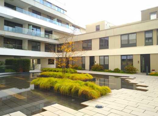 Stilvolle, geräumige und neuwertige Loft-Wohnung mit Balkon und EBK in Frankfurt am Main