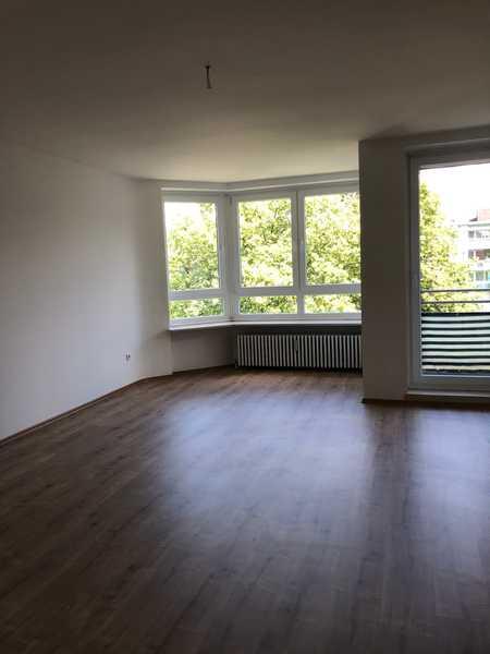 Renovierte 1,5-Zimmer Wohnung in Augsburg zu vermieten in Universitätsviertel (Augsburg)