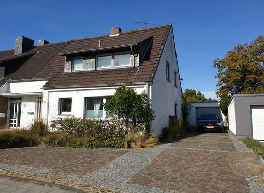 Schönes Haus mit neun Zimmern in Neuss (Rhein-Kreis), Meerbusch-Lank