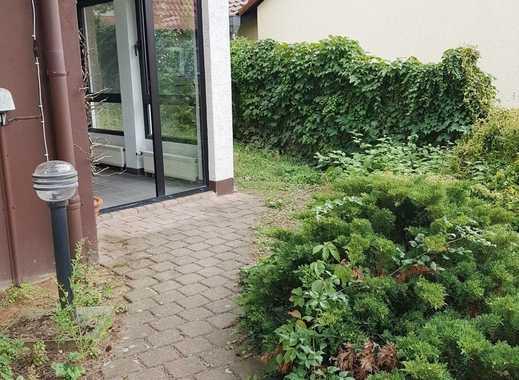 +++ MZ-Budenheim: super ruhige 2 ZKB mit eigenem Eingang, Terrasse und EBK +++