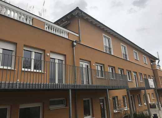 Schöne, geräumige drei Zimmer Wohnung in Pforzheim, Südweststadt
