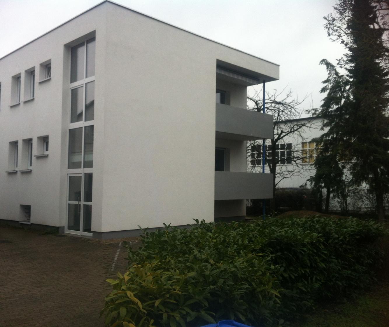 Ruhige 4 Zimmer-Wohnung in 2-Familienhaus