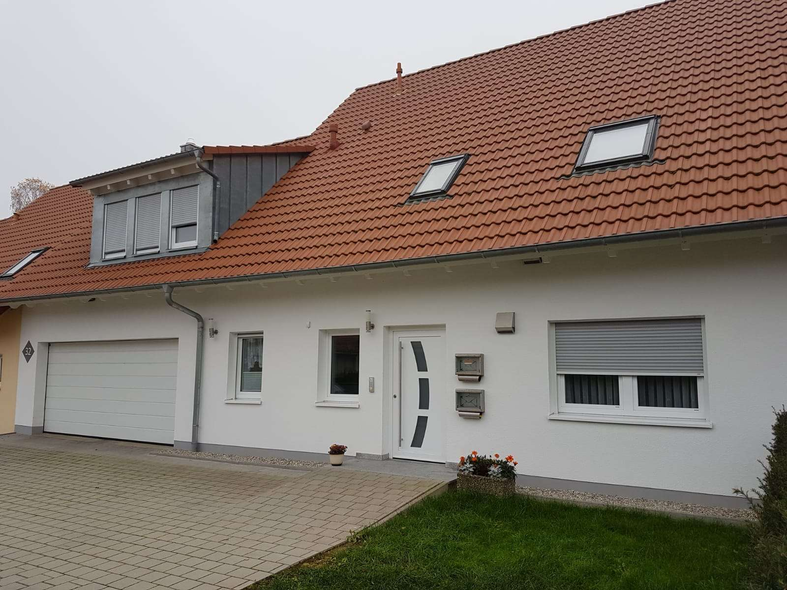Gepflegte 3-Zimmer-EG Wohnung mit Terrasse, Einbauküche, Speise, Abstellraum, Garage in Feuchtwangen in Feuchtwangen