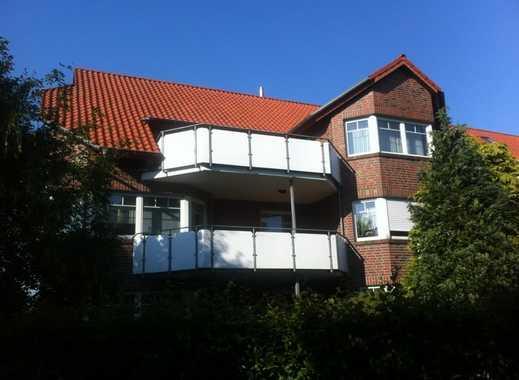 Gepflegte 4-Zimmer-Wohnung mit Balkon und Einbauküche in Butjadingen