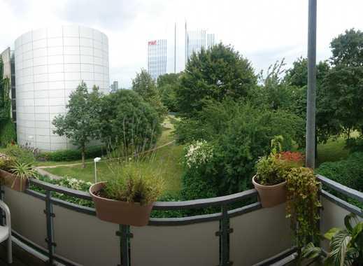 Freundliche 2-Zimmer-Wohnung mit Balkon und Einbauküche in Düsseldorf Unterbilk