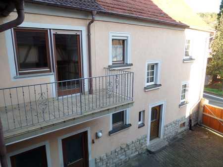 Schöne 2-Zi-EG-Wohnung in ländlicher Gegend!! in Altertheim