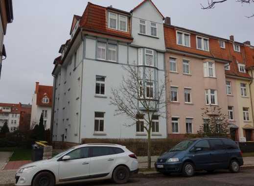 Neu renovierte 4-Zimmerwohnung im Erdgeschoß