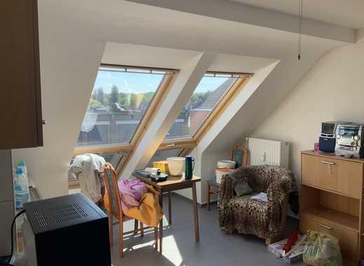 Single Apartment unterm Dach